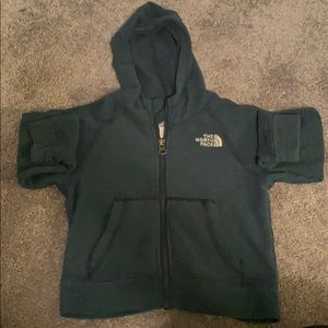 2T north face zip up